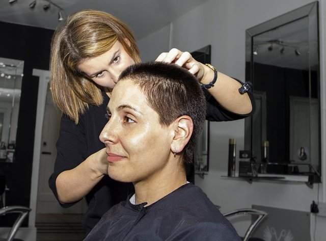 Plucking White Hair